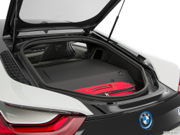 Display Trunk view of the BMW i8