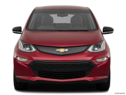 Display Front view of the Chevrolet Bolt