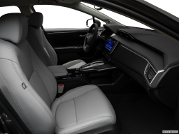 Display Interior view of the Honda Clarity Electric