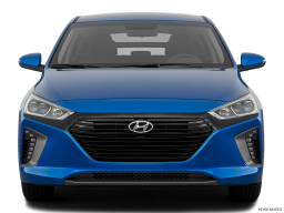 Display Front view of the Hyundai Ioniq Plug-In Hybrid