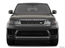 Display Front view of the Land Rover Range Rover PHEV