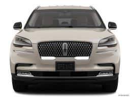 Display Front view of the Lincoln Aviator Grand Touring
