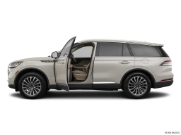Display Side view of the Lincoln Aviator Grand Touring