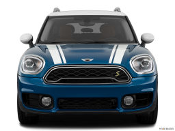 Display Front view of the MINI Cooper S E Countryman All4