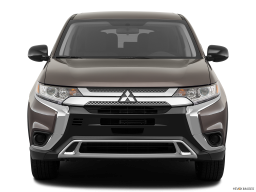 Display Front view of the Mitsubishi Outlander PHEV
