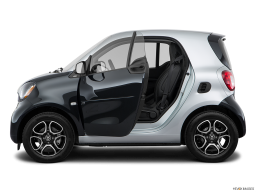 Display Side view of the Smart fortwo electric