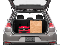 Display Trunk view of the Volkswagen e-Golf