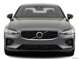 Display Front view of the Volvo S60 PHEV