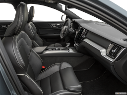 Display Interior view of the Volvo S60 PHEV