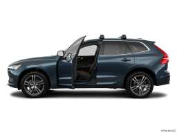Display Side view of the Volvo XC60 PHEV