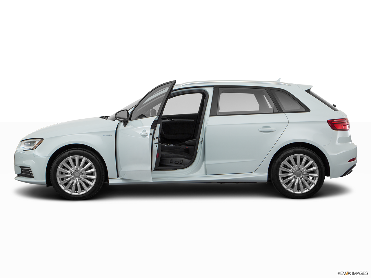 Side view of the Audi A3 e-tron