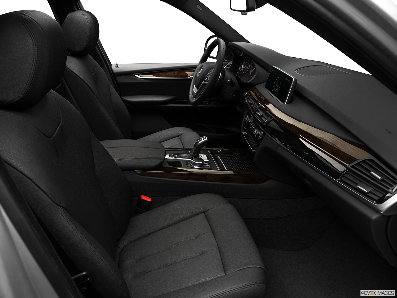 Interior view of the BMW X5