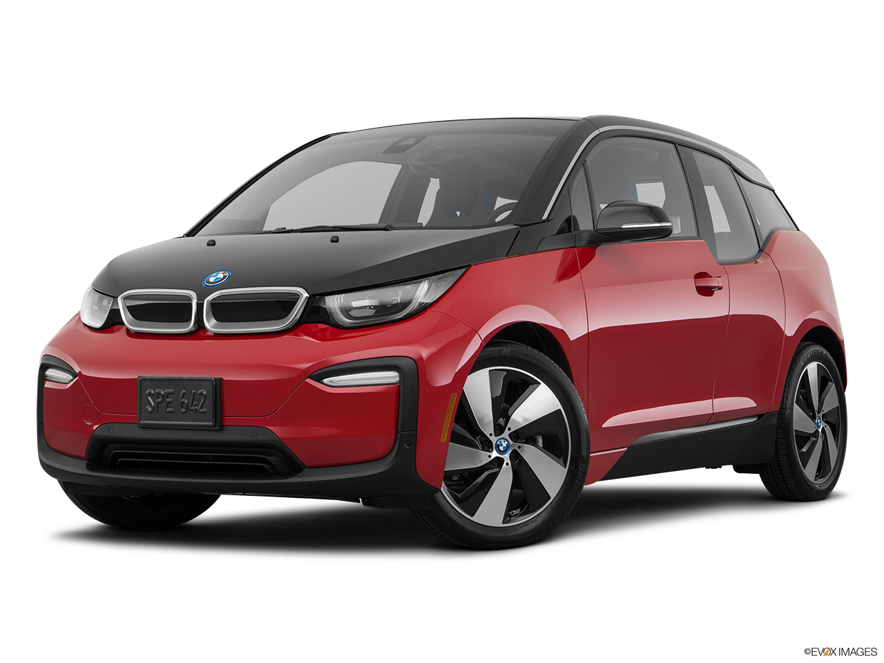 Three quart view of the BMW i3