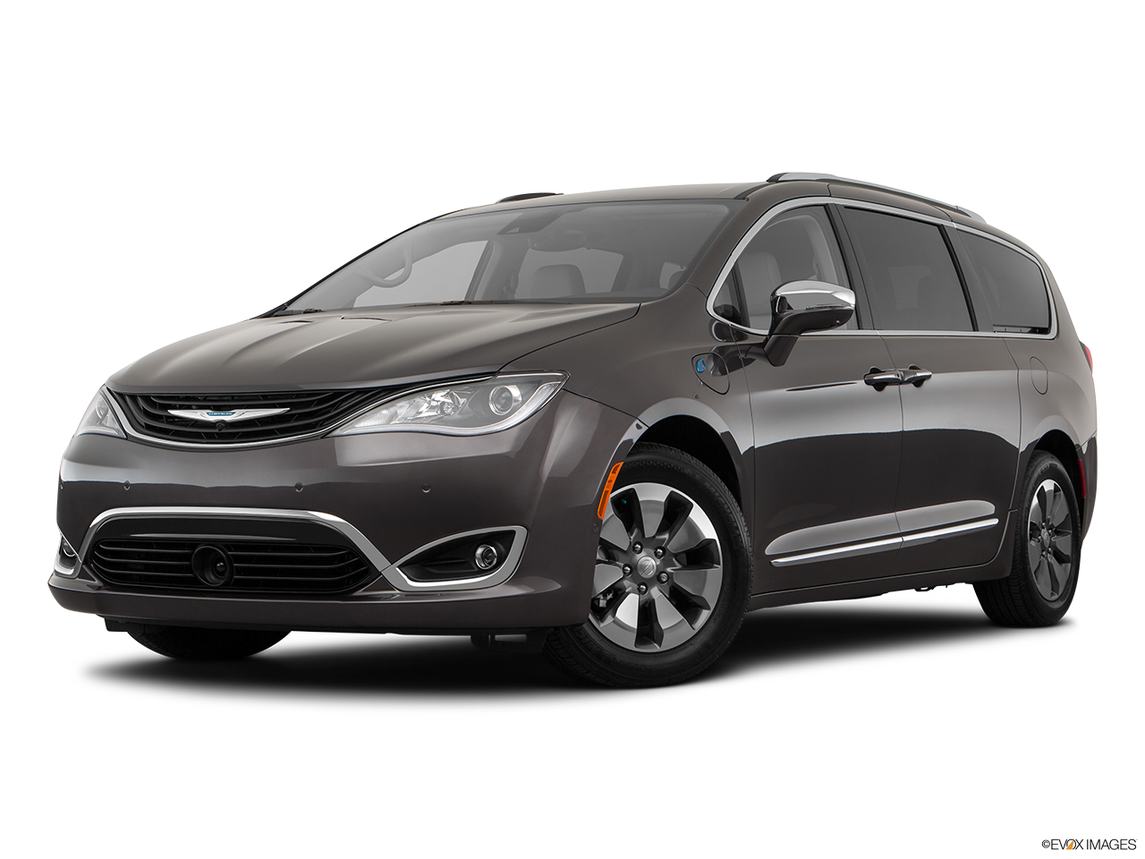 Three quart view of the Chrysler Pacifica