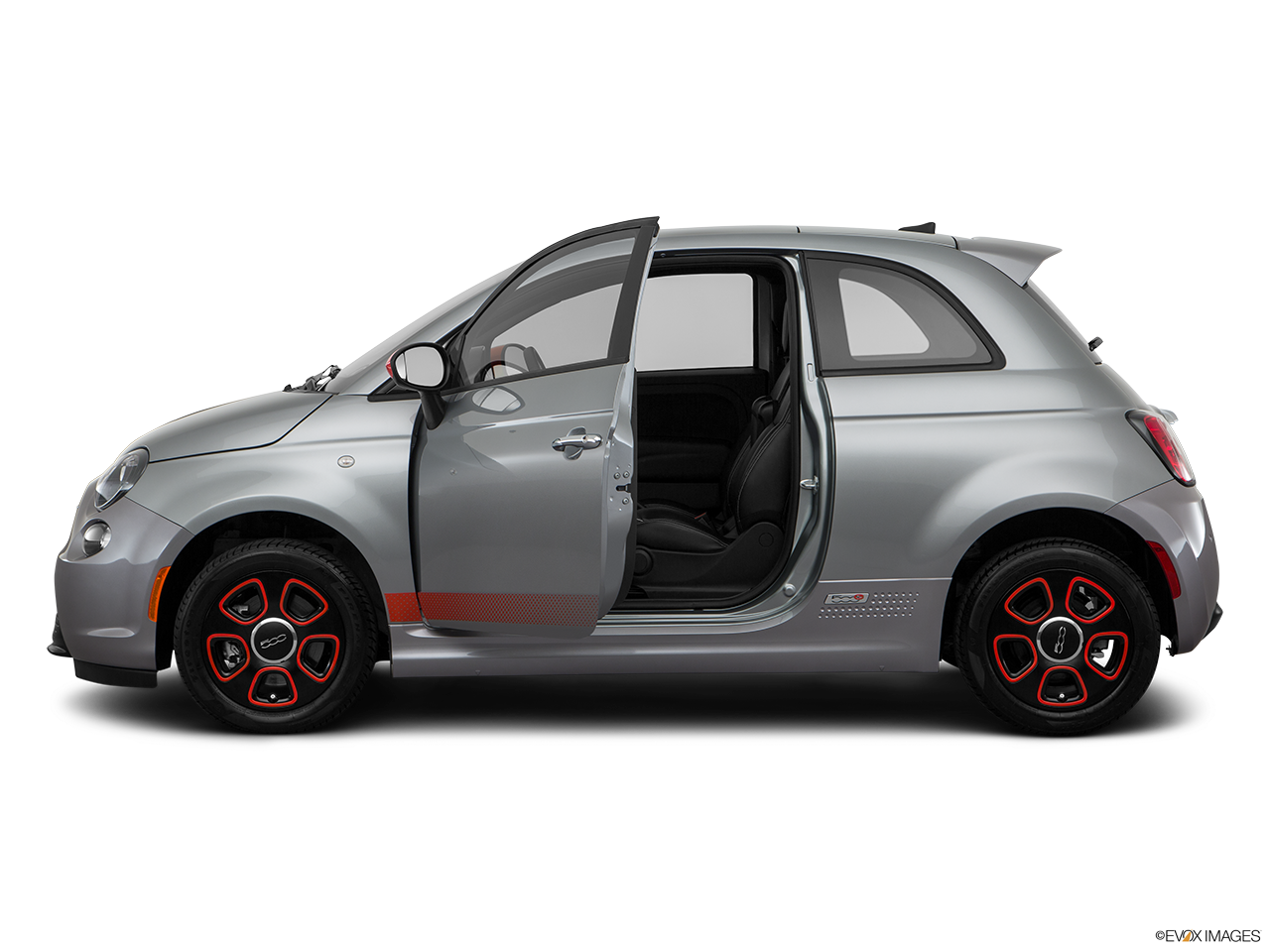 Side view of the Fiat 500e