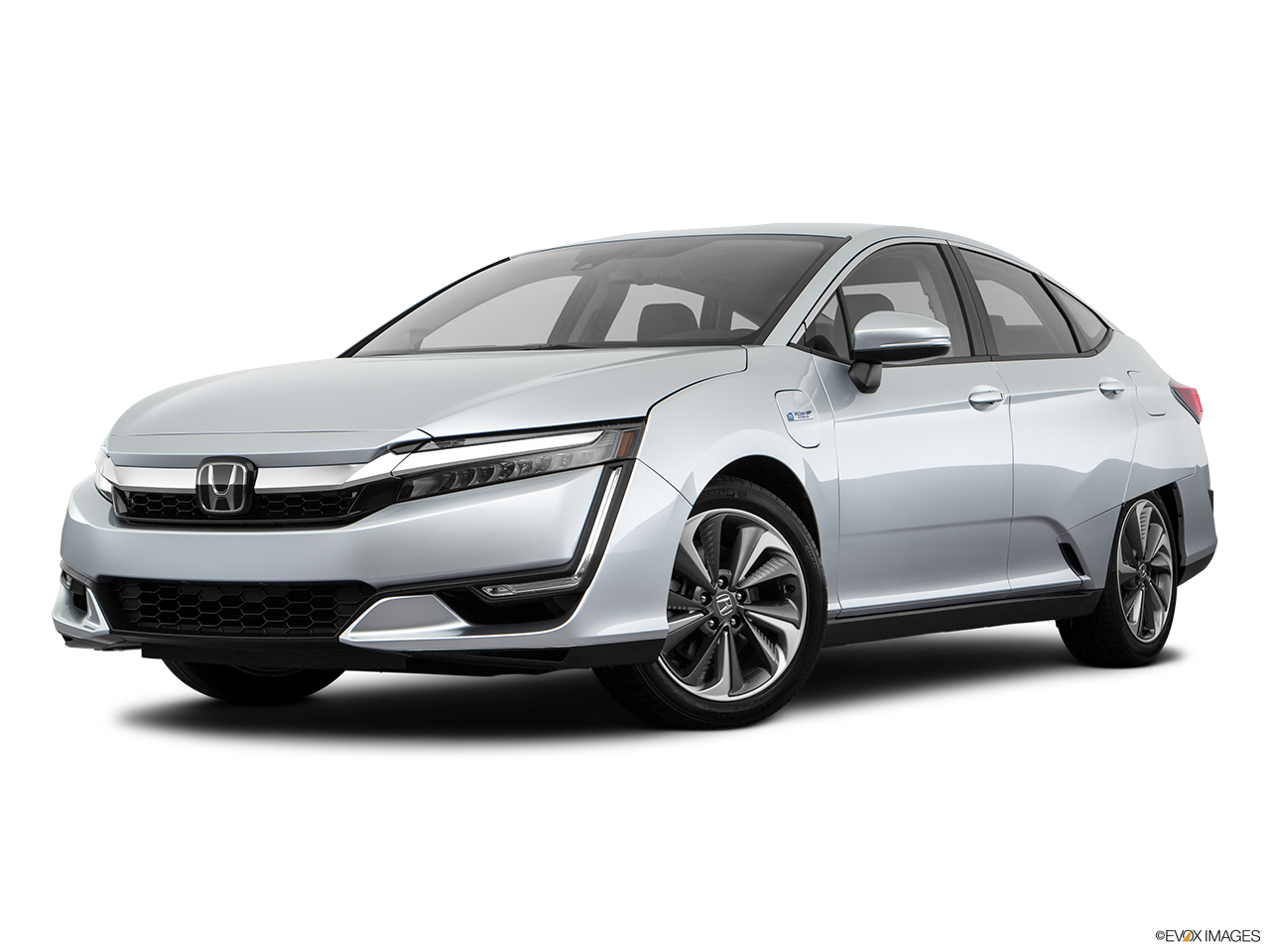 Three quart view of the Honda Clarity Plug-In Hybrid