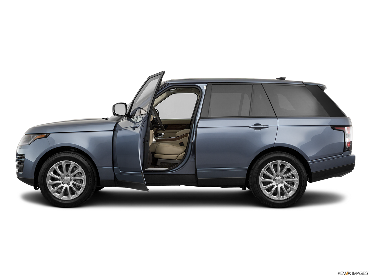 Side view of the Land Rover Range Rover PHEV
