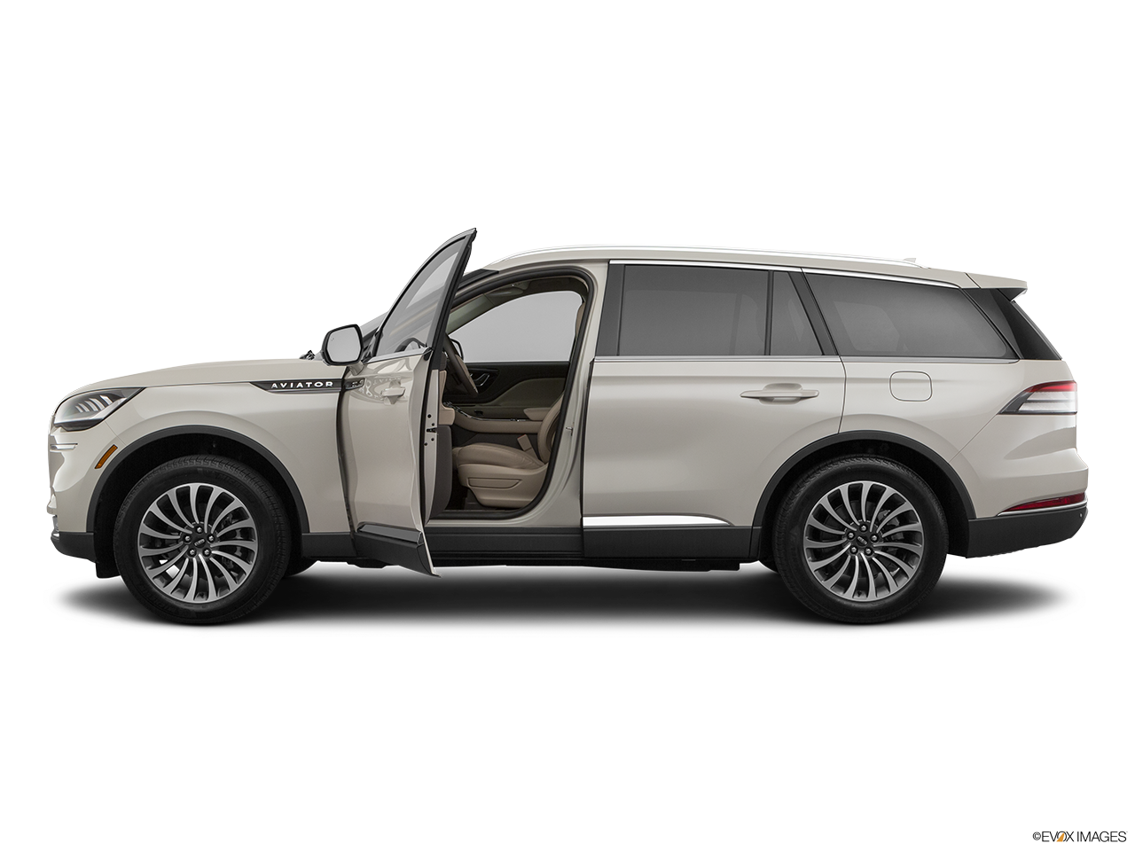 Side view of the Lincoln Aviator Grand Touring