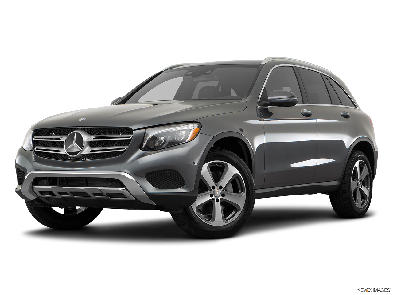 Three quart view of the Mercedes-Benz GLC350e