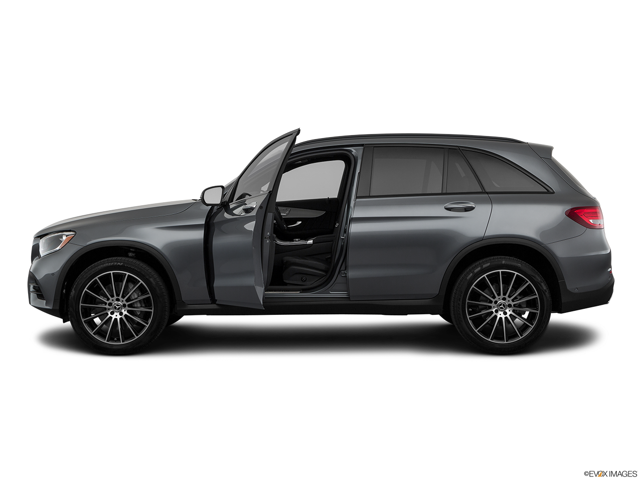 Side view of the Mercedes-Benz GLC350e