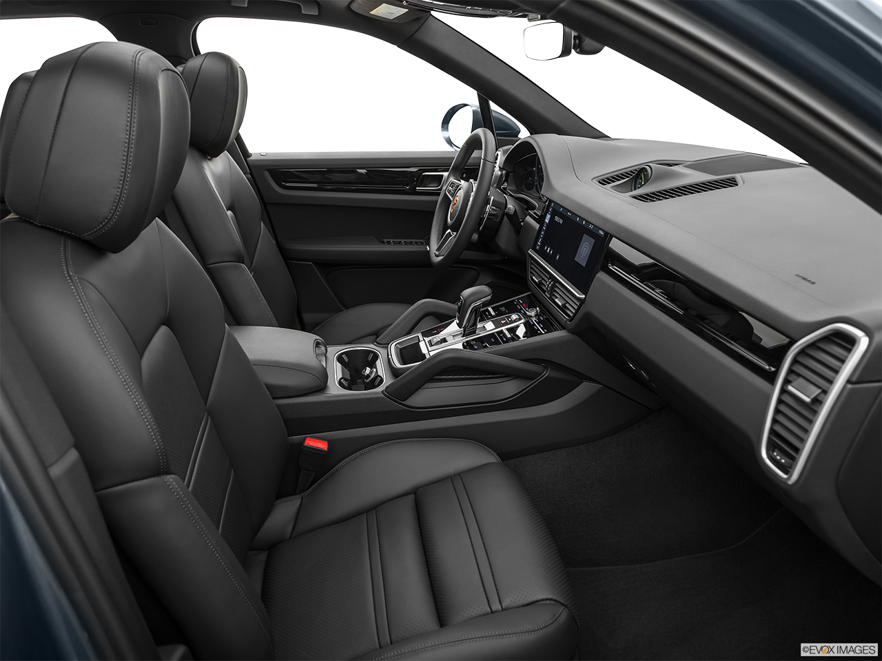 Interior view of the Porsche Cayenne S E Hybrid
