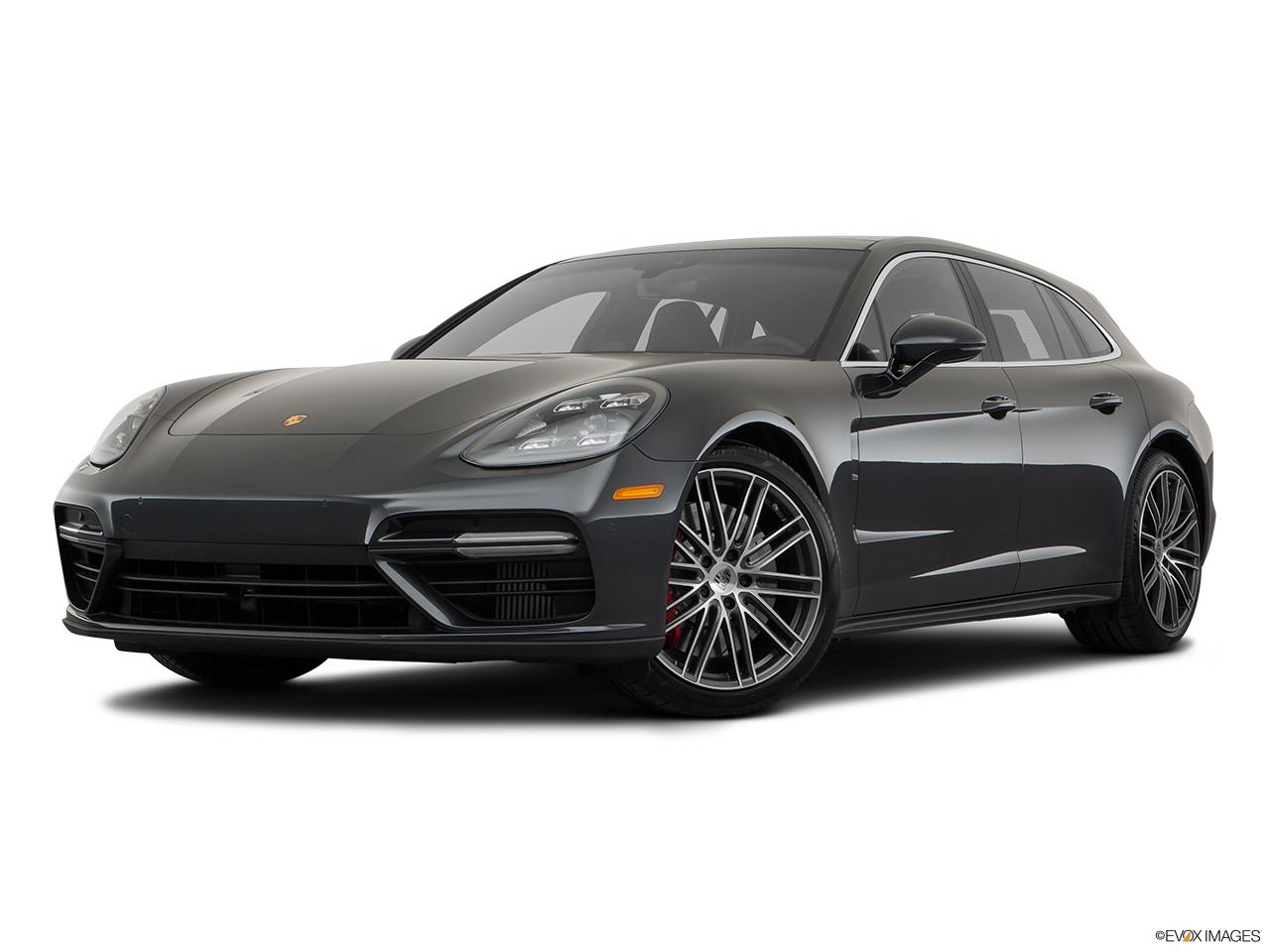 Three quart view of the Porsche Panamera 4 E-Hybrid