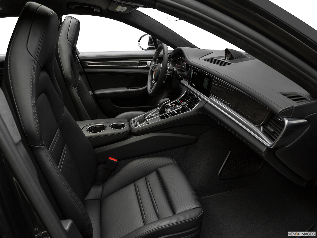 Interior view of the Porsche Panamera 4 E-Hybrid