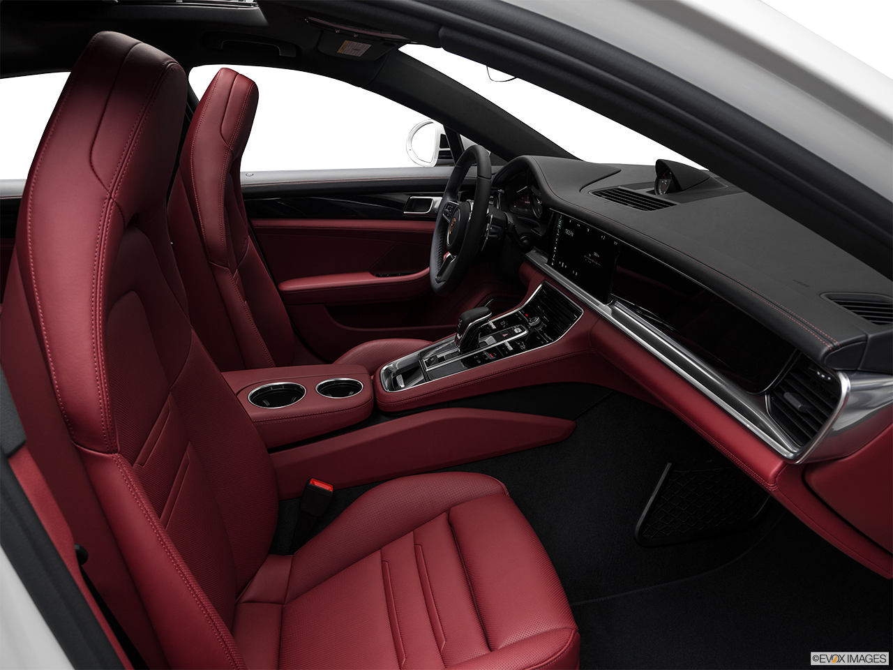 Interior view of the Porsche Panamera Turbo S E-Hybrid