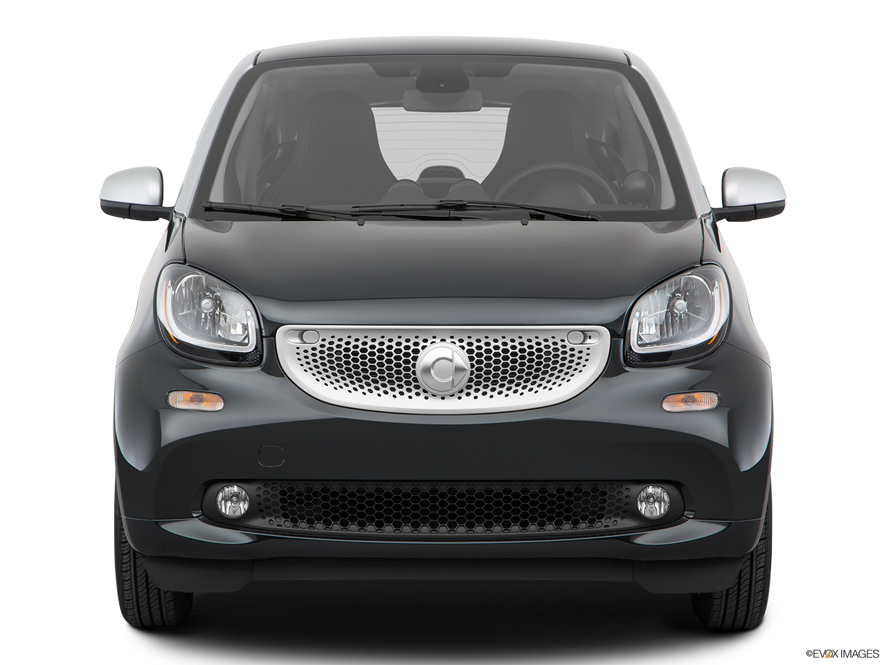 Front view of the Smart fortwo electric