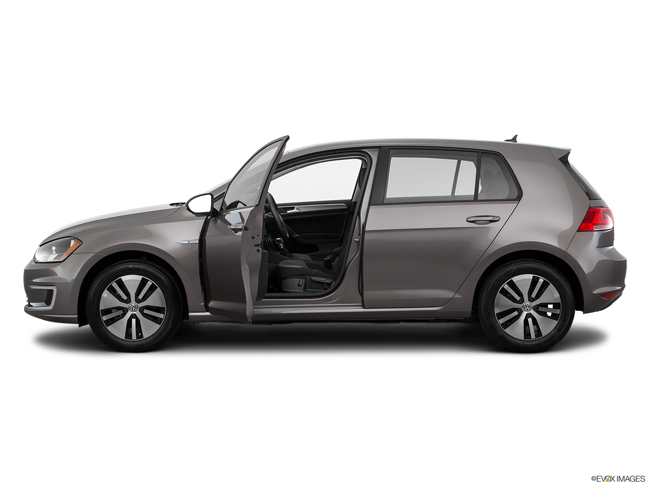 Side view of the Volkswagen e-Golf