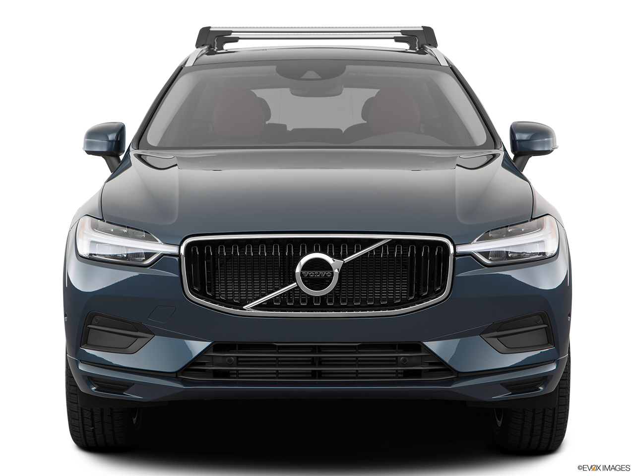 Front view of the Volvo XC60 PHEV